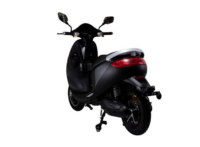 ES-1000黑色後面